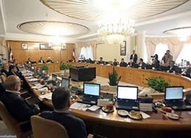 وزیر زن به کابینه راه پیدا میکند؟
