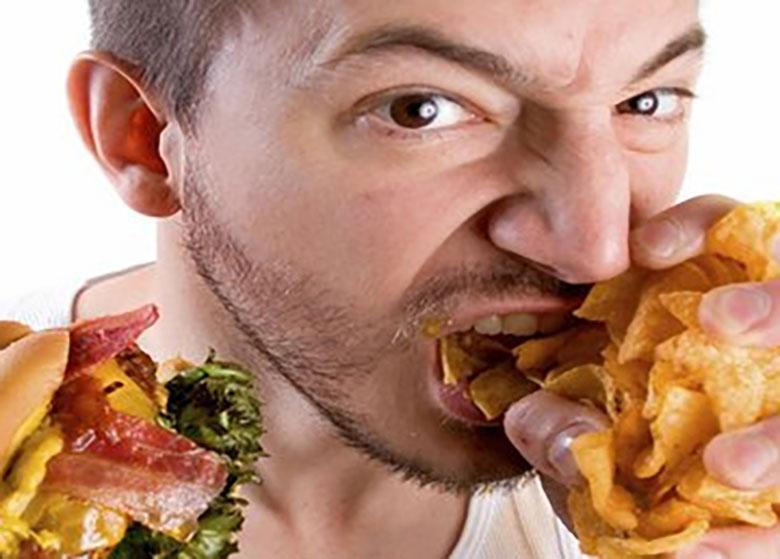 خوردن بیموقع روی پوست تاثیر منفی دارد