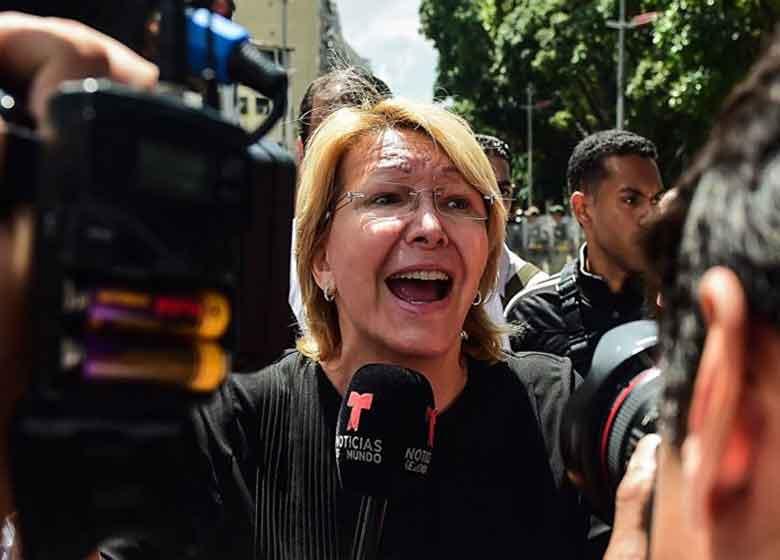 دادستان کل ونزوئلا، فرار کرد