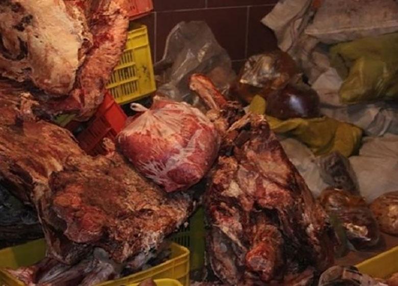 معدومسازی بیش از ۱۴ تن مواد غذایی فاسد و تاریخ گذشته از ابتدای تابستان
