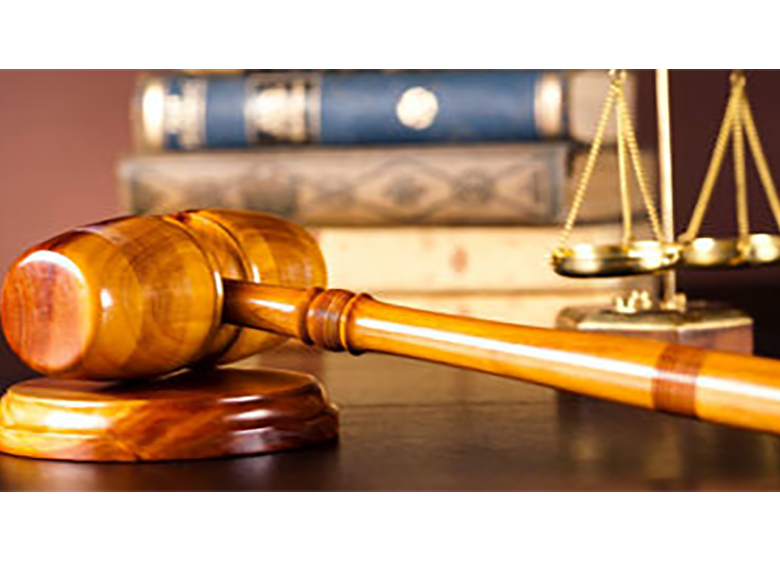 حضور وکیل در تمامی دادگاهها الزامیشود