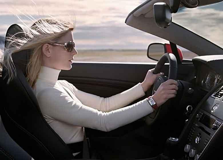 وقتی راننده زن مست جاده را بند می آورد + فیلم