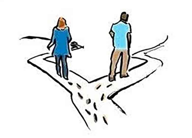 شکایت یک زن: همسر موقت سابقم دائما مرا تعقیب می کند/او می خواهد به صورت غیرشرعی زندگی را ادامه دهیم