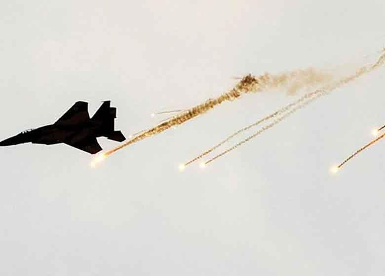 حملات جنگندههای اسرائیلی به اطراف فرودگاه بینالمللی دمشق