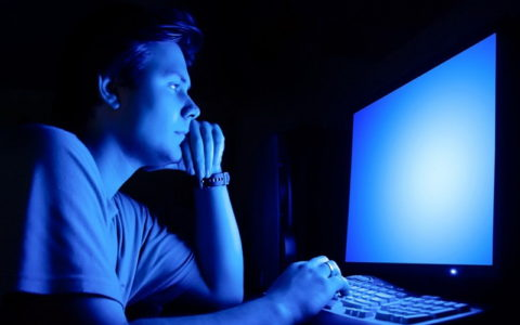 کسانی که دیر می خوابند، آیا باهوش تر و خلاق تر می باشند؟