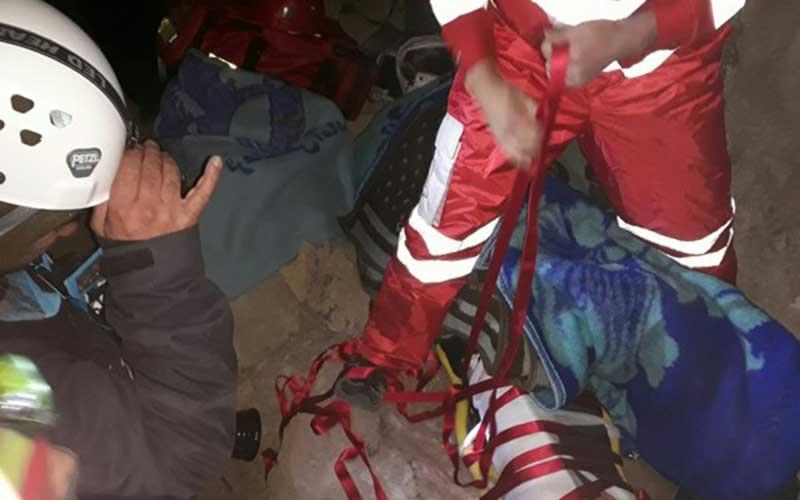 نجات یک کوهنورد در پیست دیزین بعد از 16 ساعت+ عکس