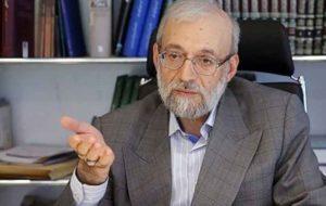 واکنش محمد جواد لاریجانی به اظهارات احمدی نژاد و فرقه زنبیلیسم: «هرزه گویی» و «هرزه نگاری » جهان شمول شده است