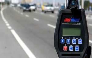 کاهش ۱۰کیلومتری سرعت مجاز در آزاد راهها مطرح نشده/ شمارهگذاری خودروهای غیراستاندارد متوقف میشود