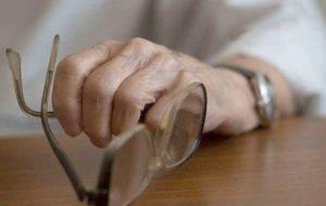 اختلال تعادل و شکستگی استخوان در کمین سالمندان
