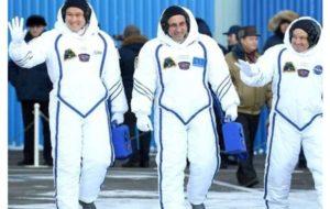عذرخواهی فضانورد ژاپنی/ خطای اندازه گیری در افزایش قد