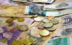 بازار سکه و ارز بازار، مطمئن و باثباتی برای سرمایهگذاری نیست/ بانکها در کاهش نیافتن قیمت ارز تأثیر داشتند