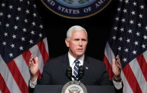 اظهارات ضدایرانی مایک پنس در واکنش به بازگرداندن تحریمها