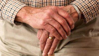 شاید علت لرزش دستتان تیروئید باشد