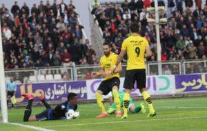 فینال لیگ در اصفهان، آیا سپاهان به صدر جدول میرسد؟