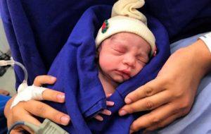 تولد نخستین نوزاد حاصل از پیوند رحم یک اهداکننده متوفی