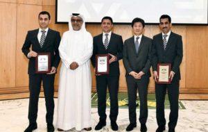 جوایز فغانی و کمکهایش از سوی رئیس AFC اهدا شد