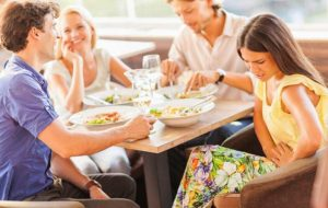دلایل معده درد بعد از غذا خوردن