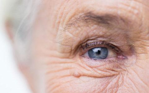 رفتارهایی که شما را زودتر از دیگران پیر می کند