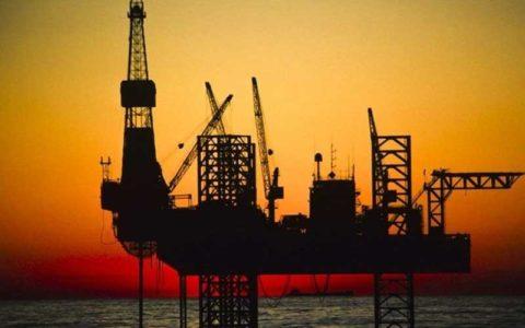 تحریم نفتی آمریکا علیه ایران