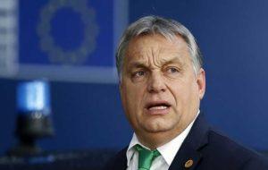 با ترامپ درباره انتقال موشک های میان برد به مجارستان رایزنی کردم