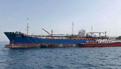 لکه نفتی بزرگ در خلیج عمان، پس از اقدام خرابکارانه در سواحل امارات