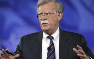 بولتون: توقیف نفتکش ایرانی هدیه انگلیس به آمریکا بود