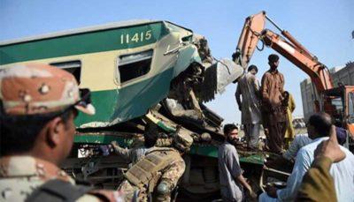 دهها کشته و مصدوم در سانحه ریلی در پاکستان