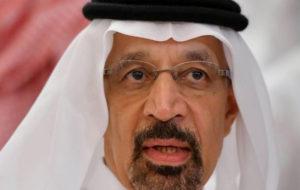 وزیر انرژی سعودی: تنگه هرمز برای نفتکشها امن نیست