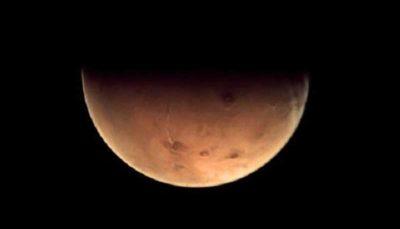 برخورد یک شهاب سنگ با حجم وسیعی از آب در مریخ!