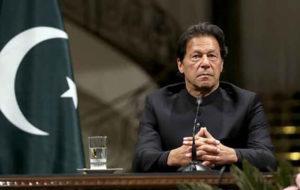 عمران خان: هیچ آدم عاقلی حرف از جنگ هستهای نمیزند