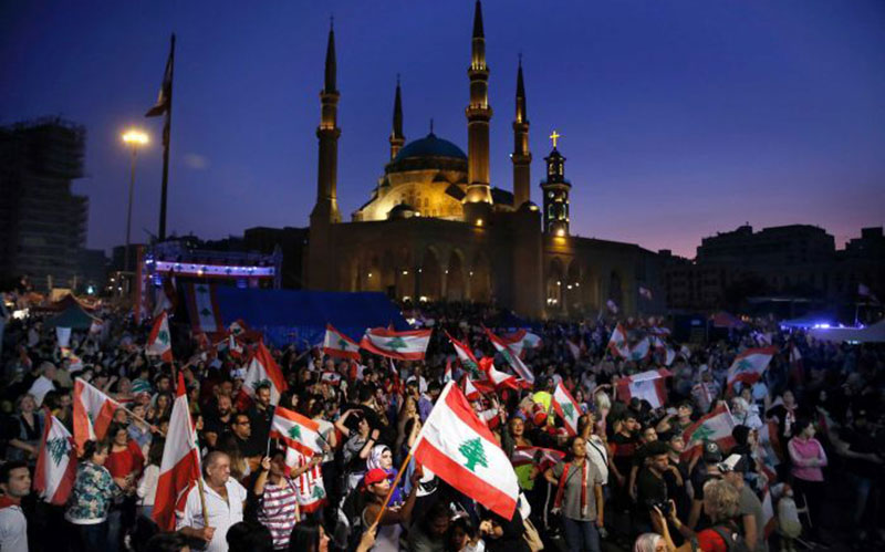 07 11 معترضان, لبنان, زنجیره انسانی