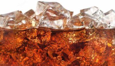 نوشیدنیهای قندی، عامل اصلی افزایش وزن