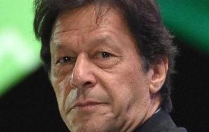 عمران خان: هند در کشمیر همهپرسی برگزار کند تا میزان محبوبیت واقعی خود را ببیند