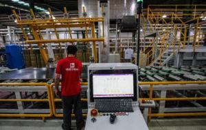 طرح ۱۰ میلیارد دلاری برای رونق تولید کالا