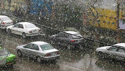 آغاز بارش نخستین برف پاییزی در تهران