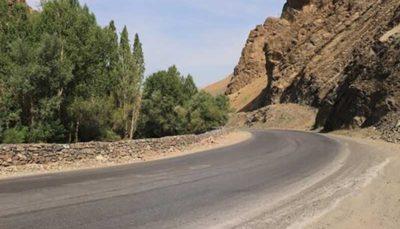 احضار پیمانکار جاده چالوس به دلیل نامناسب بودن آسفالت