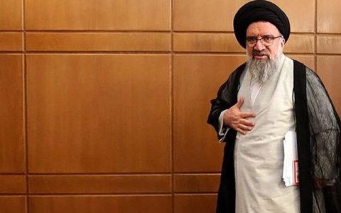 احمد خاتمی: اعضای کمیسیون مجلس خبرگان، جلوگیری از فعالیت مجدد شبکههای خارجی در کشور را تصویب کردند