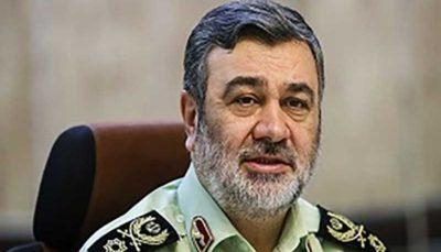 بازدید فرمانده ناجا از کلانتری ۱۴ رشت
