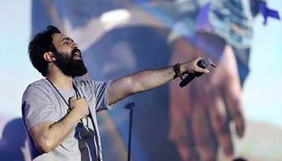 بازگشت خواننده ممنوع الکار به صحنه اجرا