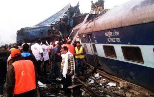 برخورد مرگبار دو قطار در بنگلادش