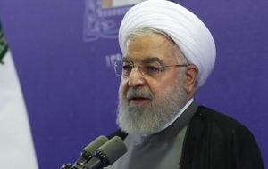 روحانی: معمولا تندروها ما را با مشکلاتی مواجه می کنند
