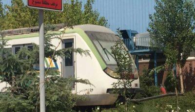 ازدحام در واگنهای متروی تهران، خاک خوردن قطارهای مترو در کرج
