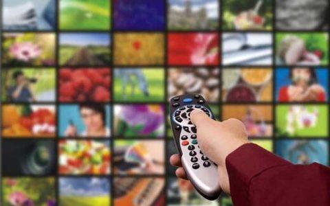 ایدههای تکراری؛ دست خالی تلویزیون در شب یلدا