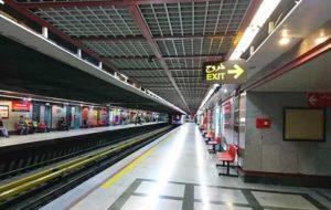سقوط دو دختر روی ریل قطار ایستگاه مترو شهر ری