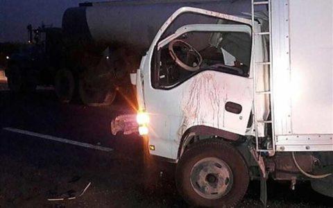 مرگ 2نفر در تصادف ایسوزو و تریلی در حوالی شهرک صنعتی سمنان