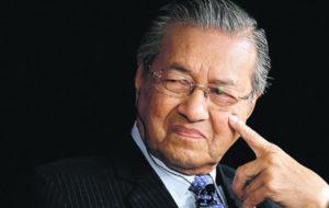 نخستوزیر مالزی از ایستادگی و پیشرفت ایران مقابل تحریمها تمجید کرد