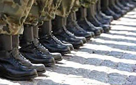 پیگیری افزایش حقوق سربازان در بودجه