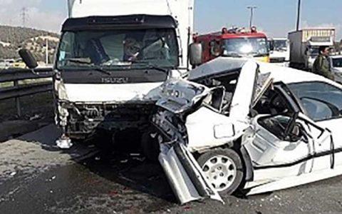 ۲ مصدوم در پی برخورد کامیون و پرشیا در بزرگراه یاسینی