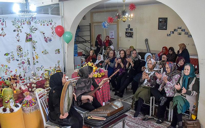 300 10 سالمندان, جشن یلدا