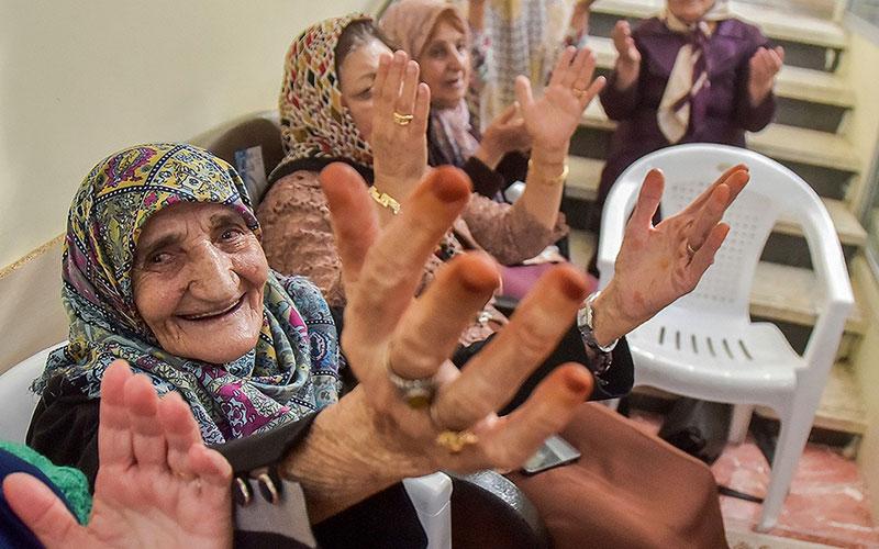 311 9 سالمندان, جشن یلدا